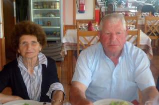 Os amigos Américo Tomás e sua esposa