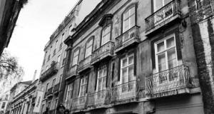 Aires B. Henriques: CASA DE PEDRÓGÃO GRANDE EM LISBOA –  Vítima de injustiça e incompreensão
