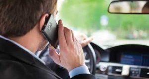Multa para quem conduz ao telemóvel vai ficar mais cara