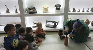 """Pampilhosa da Serra – """"Metamorfose da Garrafa de Genebra"""" estimula criatividade das crianças"""