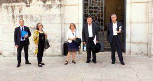 Casa de Pedrógão Grande apresenta na Assembleia da República petição referente à falta de redes de comunicação no concelho