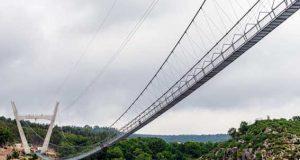 A maior ponte suspensa do mundo é a esperança de recuperação para Arouca